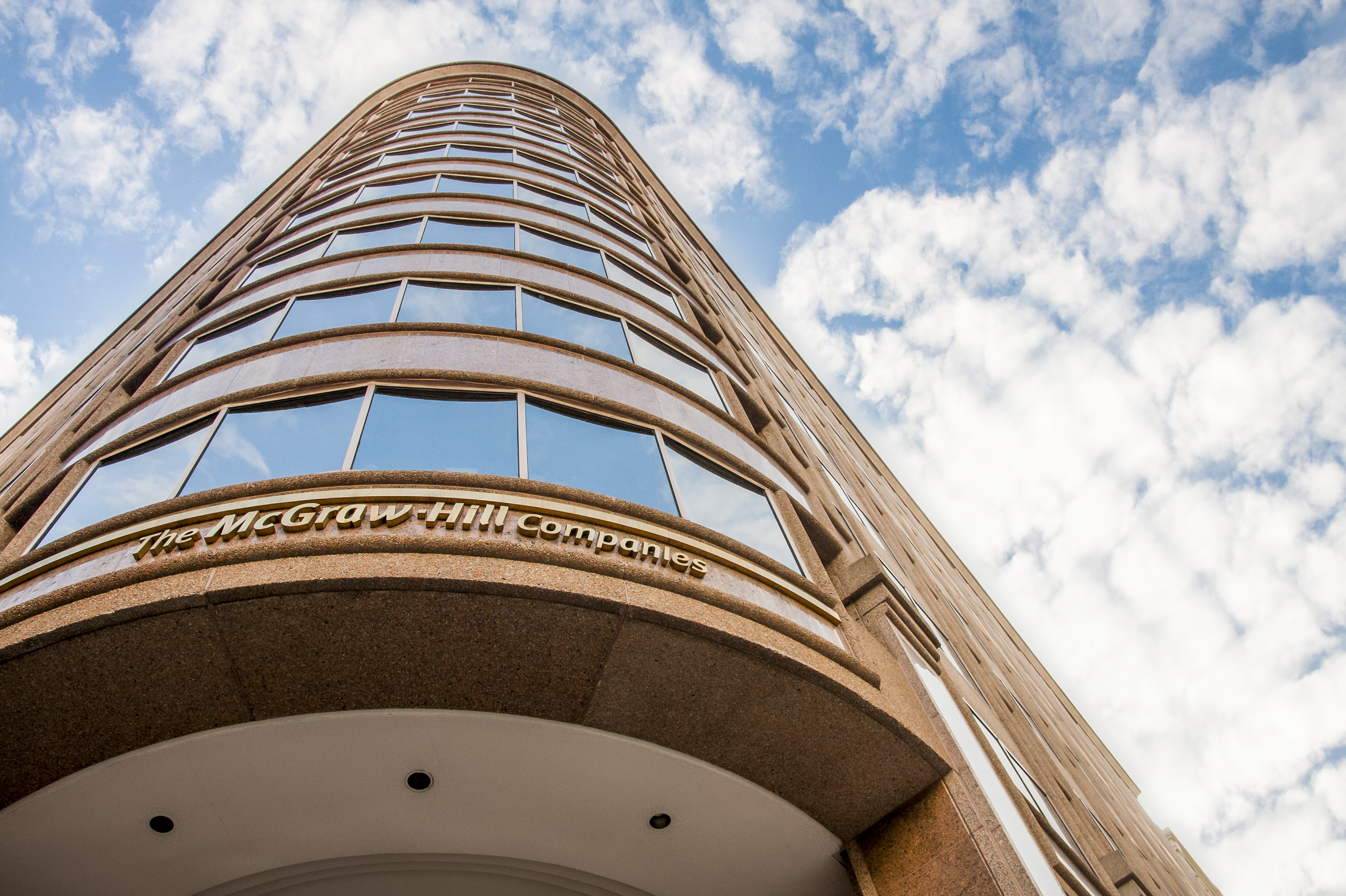 065_comm_property | Capitol Hill Offices